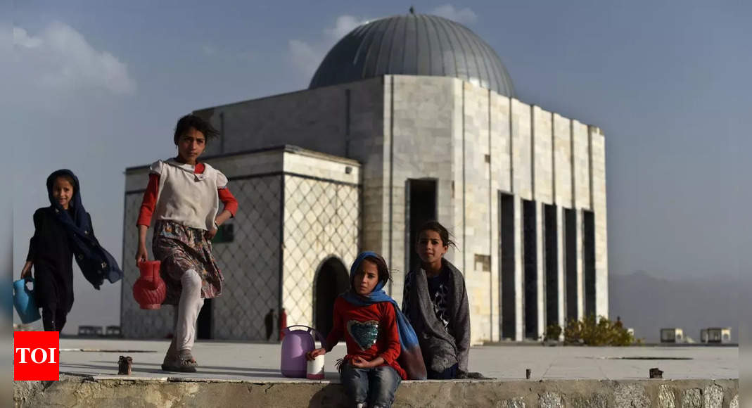Taliban says US will provide humanitarian aid to Afghanistan – Times of India